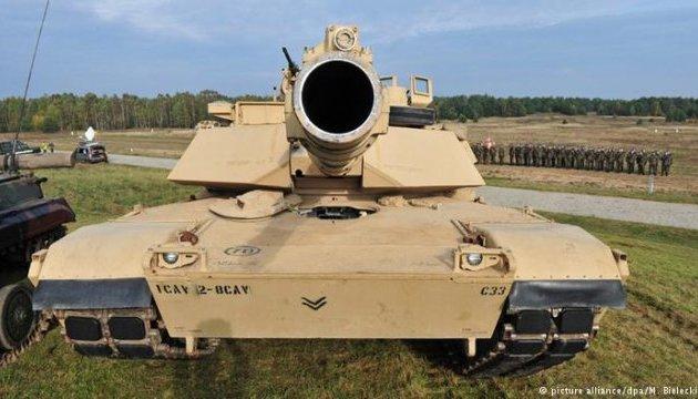 В Гданьск прибыли американские танки и гаубицы