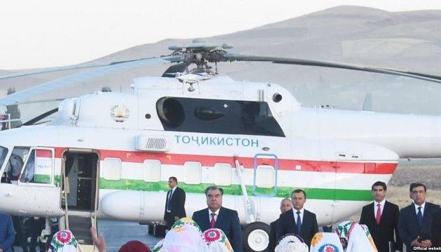 Начальник аеропорту в Таджикистані загинув, проводжаючи президентський вертоліт
