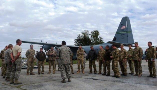 Rapid Trident-2017: українські й американські авіатори перейшли до практичних занять