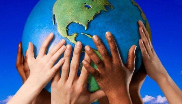 Світ відзначає Міжнародний день демократії