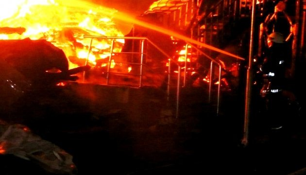 В российской Тюмени сгорела девятиэтажка