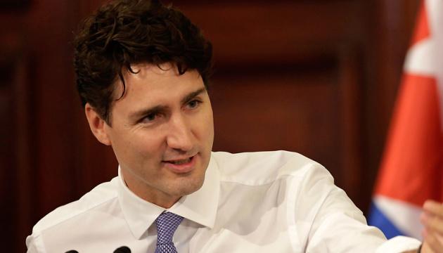 Премьер Канады извинился за свое старое фото с черным гримом