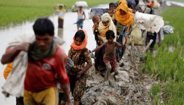 Бангладеш заполонили біженці з М'янми