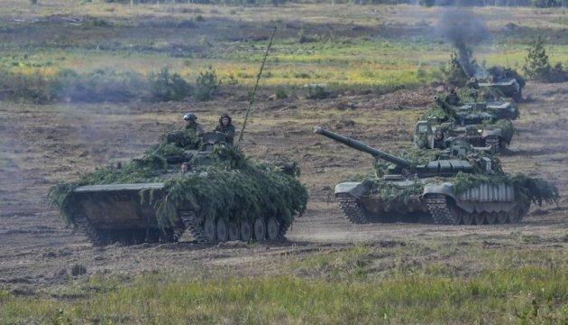 РФ стягивает бронетанковые группы вплотную к границе с Украиной — InformNapalm