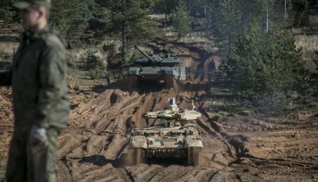 Wywiad - Rosja sprowadziła do granicy z Ukrainą około 90 tysięcy żołnierzy, 1100 czołgów, setki samolotów