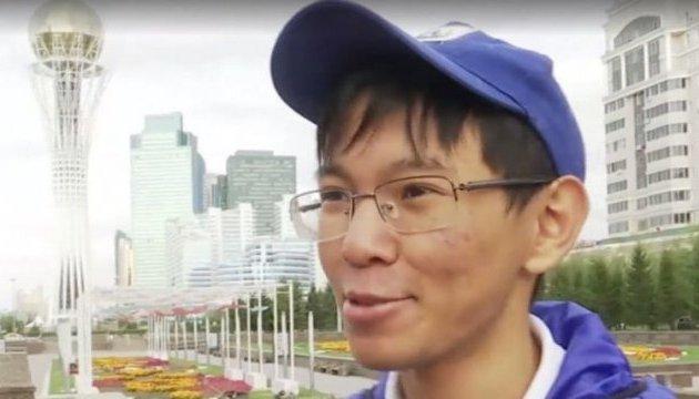 Казахстанський школяр самостійно опанував українську мову