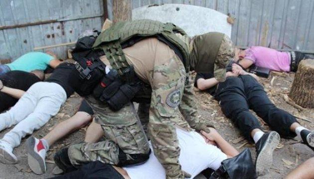 Polizei nimmt 27 kriminelle Bosse in Kropywnyzkyj statt – Fotos, Video