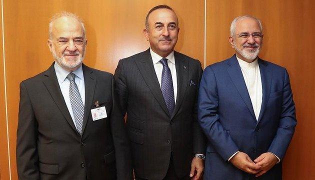 Глави МЗС трьох країн закликали курдів відмовитися від ідеї незалежності