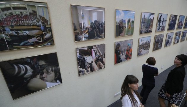В Укрінформі відкрилася виставка фотокора агентства Володимира Тарасова