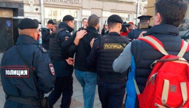 На акції у Москві затримали 50 осіб. Удальцов з Лимоновим - у відділку