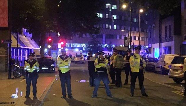 У Лондоні розпилили на людей отруйну речовину, є постраждалі