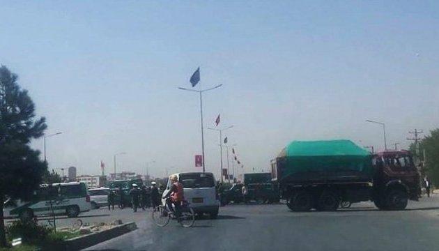 У Кабулі шахід атакував конвой НАТО, троє поранених