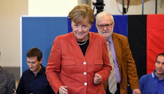 Меркель уже готова формувати новий уряд