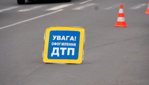 На Киевщине ВАЗ сбил девушку-подростка на пешеходном переходе