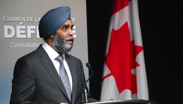 Ministro de Defensa: Canadá apoya firmemente a Ucrania