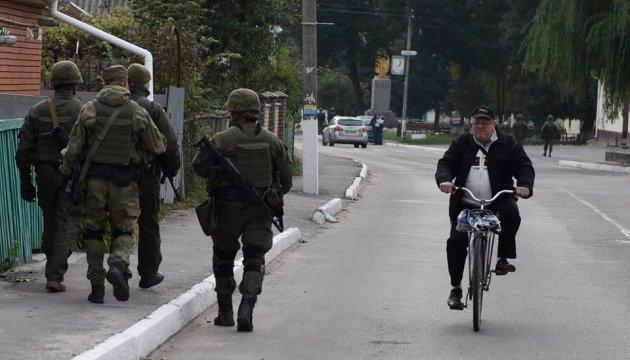 Поліція цілодобово патрулюватиме Калинівку для недопущення мародерства