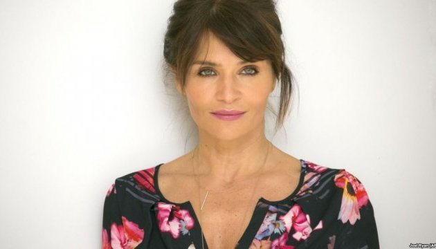 Danish supermodel Helena Christensen helps raise funds for elderly people from Donbas
