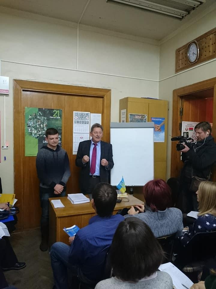 На фото (зліва направо) Єгор Дзьобік та Ігор Кизим