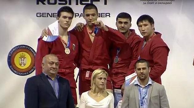 Сергей Кривчач (первый слева) завоевал