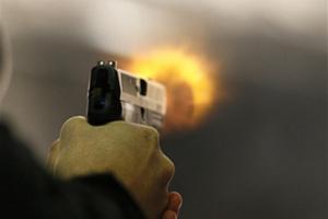На Киевщине водитель устроил стрельбу во время конфликта с пешеходом