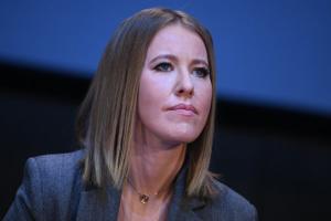 Russische Moderatorin und Politikerin Xenia Sobtschak besucht Kyjiw