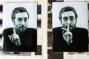 На аукціоні продадуть платівку, яку Леннон підписав своєму убивці