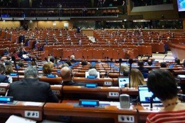 Мови нацменшин в Україні: ПАРЄ прийняла рішення про освітній закон