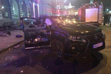 Un accident mortel à Kharkiv : une jeune femme au volant d'une « Lexus » a renversé des piétons (photos, vidéos)