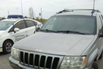 À Rivne, la police a arrêté un 4X4 avec un enfant de 9 ans au volant
