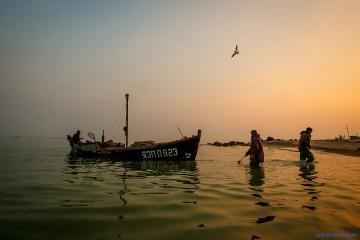 Ucrania y Rusia acuerdan sobre la pesca en el mar de Azov en 2018