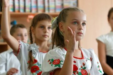 Only 318 children learn Ukrainian in occupied Crimea - HRW