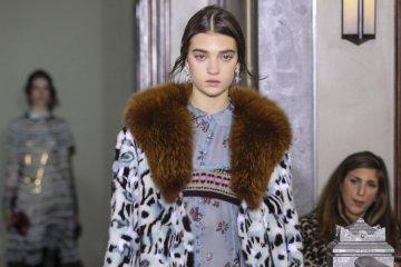 Un mannequin ukrainien devient le visage de Valentino Resort 2018 (photos)