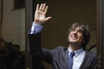 Лидер каталонских сепаратистов Пучдемон прошел в Европарламент