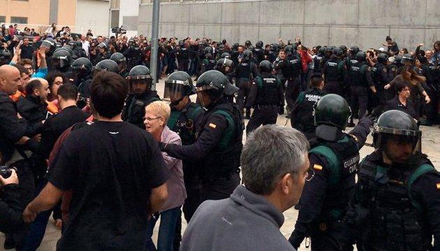 Каталонський референдум: поранених побільшало до 761
