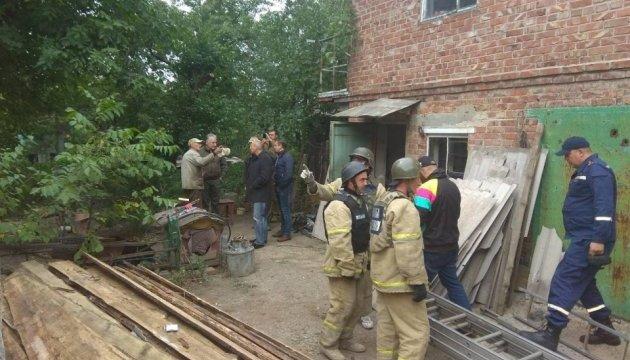 Авдеевку восстанавливают после обстрелов: уже сделали ремонт в 68 домах
