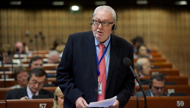 La delegación ucraniana anuncia la destitución de Pedro Agramunt del cargo de presidente de la APCE