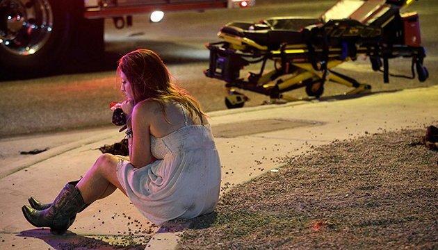 Число жертв стрельбы в Лас-Вегасе выросло до 58