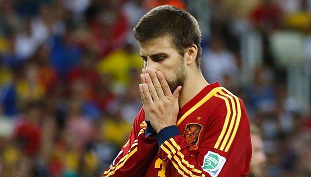 Футбол: Вболівальники освистали Піке під час тренування збірної Іспанії