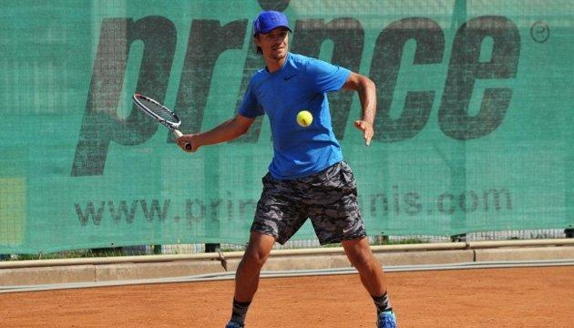 Теннис: украинцы Молчанов и Манафов покидают турнир ATP в Алматы