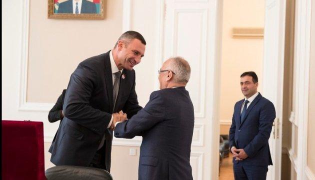 Кличко: В Киеве скоро откроется Азербайджанский торговый дом