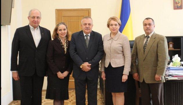 Посол Болгарії побачив нові можливості у законі України про освіту