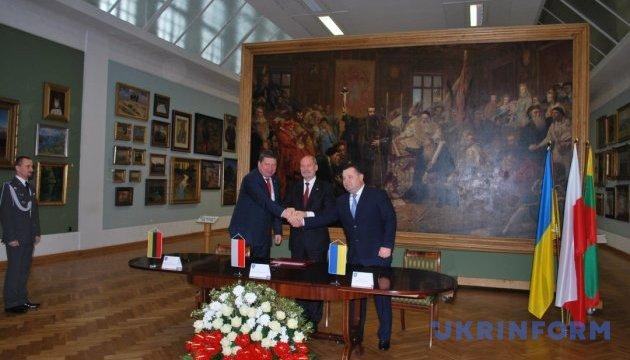 Полторак: Результати співпраці з Польщею буде видно вже найближчим часом
