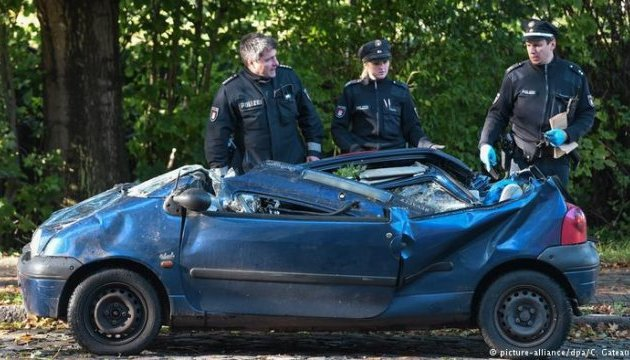 Жертвами шторму в Німеччині стали вже шість осіб