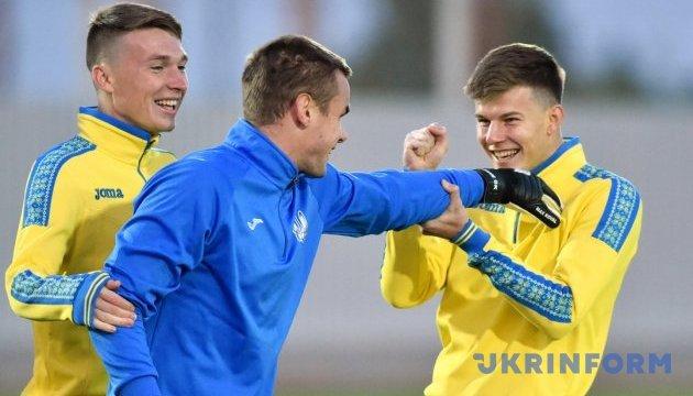 Сидорчук, Коваленко і Шахов запрошені до збірної на матчі проти Литви і Португалії