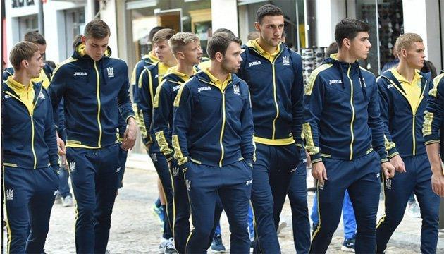 Футбольна збірна України прогулялась по Шкодеру перед матчем з Косово