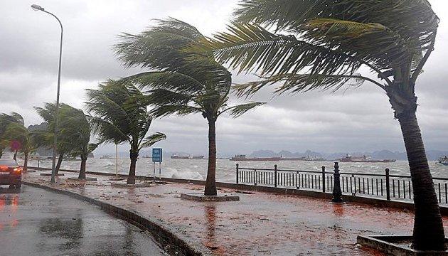 Кліматологи заявили про небезпеку сповільнення тропічних ураганів