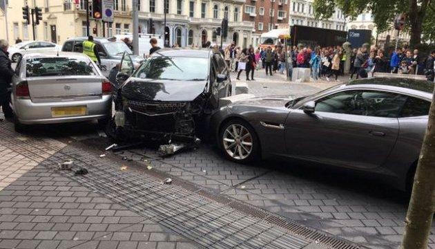 Наїзд автівки на натовп у Лондоні: з'явилися нові подробиці