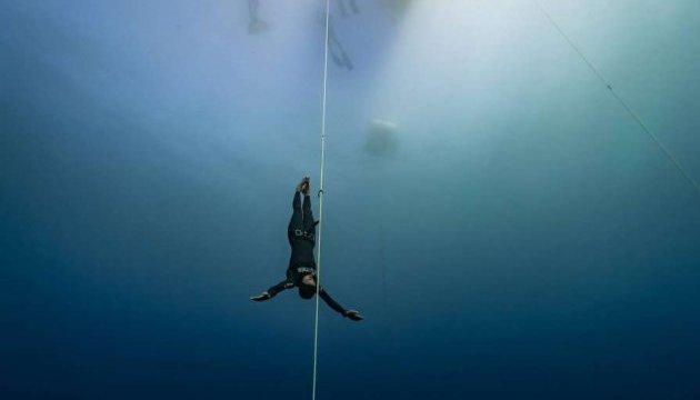 Украинка установила два мировых рекорда по нырянию