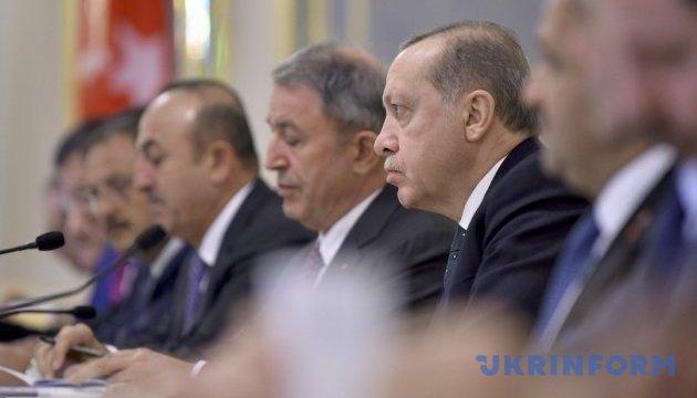 Україна і Туреччина домовилися довести товарообіг до $10 мільярдів