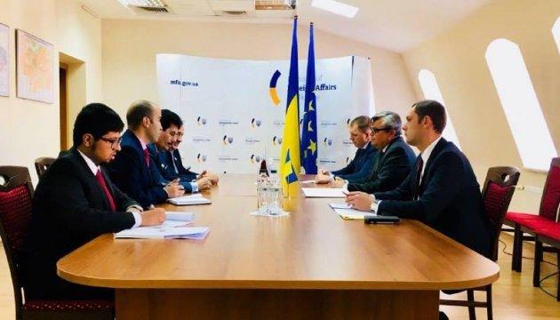 Україна і Катар обговорили лібералізацію віз